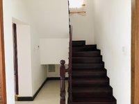 铭德上居精装复式楼5室2厅3500一个月 空房 随时看房