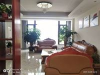 山水佳园 联排别墅3层出租 精装带家具10000月