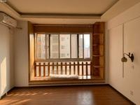 时代广场二期新装修单身公寓,房子房东诚心出售24.6万