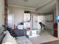玉溪二小区温馨2室精装修96平米72万均价7千多的房子