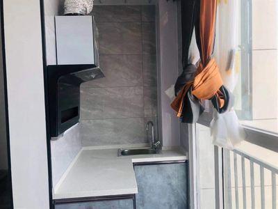 红星国际复试小公寓精装修空房可配简单家具价格便宜有钥匙