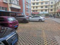 出售新兴社区一组综合楼3室2厅2卫140平米75万住宅
